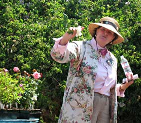 Heirloom Rose Speaker Marlea Graham